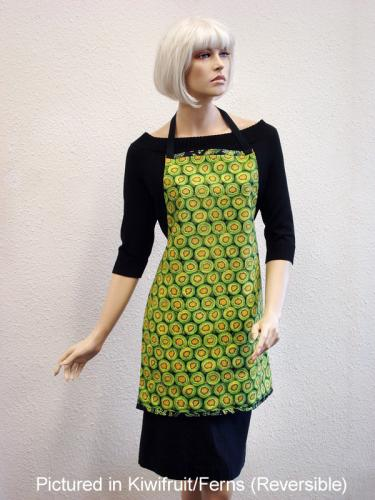 Kiwifruit & Ferns Kiwiana Apron Reversible on model