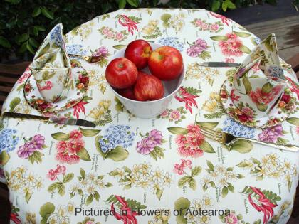 Flowers Kiwiana Tablecloth 3 Piece Cafe Set