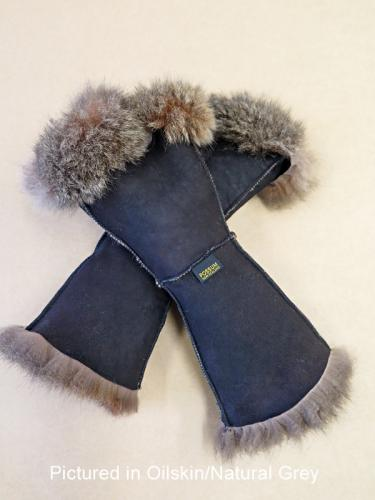 Possum Fur Gauntlets Oilskin/Natural Grey